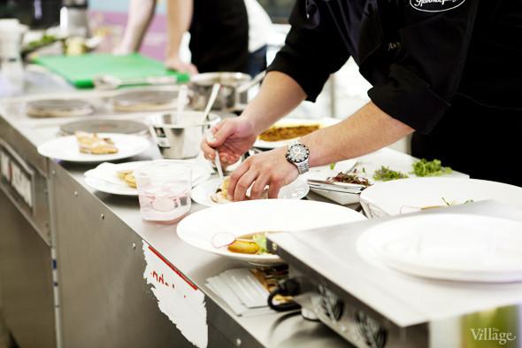 Omnivore Food Festival: Андрей Рывкин готовит карри из петуха на монастырском квасе. Изображение № 34.