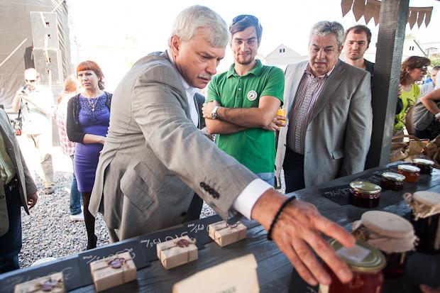 Губернатор Полтавченко посетил фермерский рынок «Лавки». Изображение № 6.