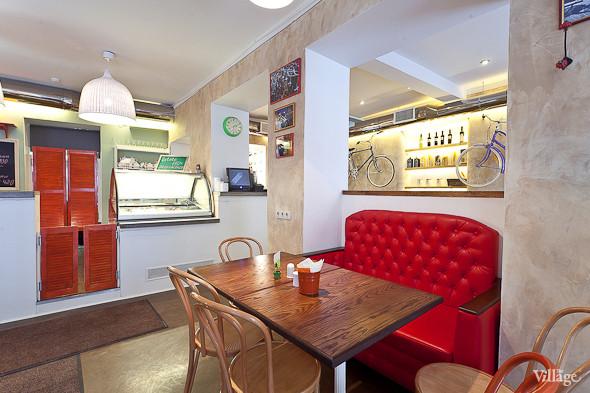 Новое место (Петербург): Caffe Centrale. Изображение № 1.