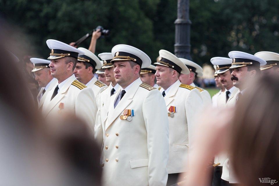 Фоторепортаж: День Военно-Морского флота вПетербурге. Изображение № 4.