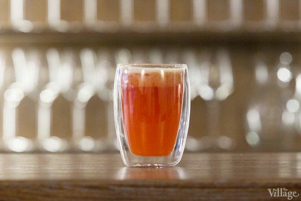 Безалкогольный горячий коктейль Berry Mix (грейпфрутовый фреш, апельсиновый фреш, малина, сахар, специи) — 340 рублей . Изображение № 17.