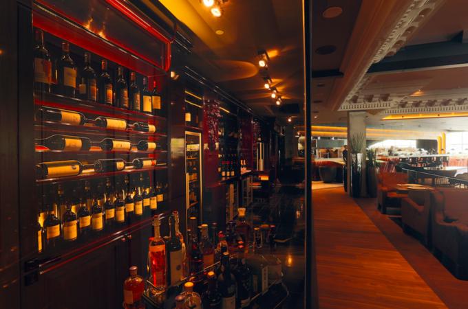 На Кутузовском проспекте открылся ресторан Erwin. Изображение № 2.