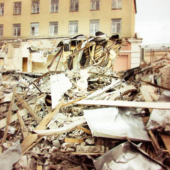 В зоне риска: Флигель фабрики в Милютинском переулке. Изображение № 1.
