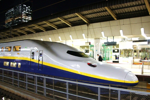 Электропоезд серии E4 сети Синкансэн курсирует по японской сети высокоскоростных железных дорог Синкансэн с 1997 года. Изображение № 6.