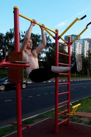 Через «Красивый Петербург» можно оборудовать двор тренажёрами. Изображение № 4.