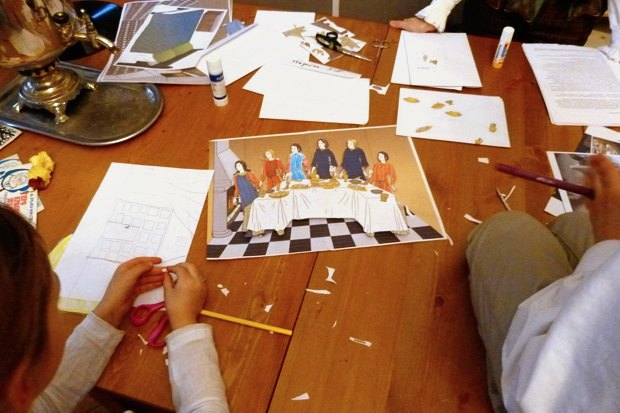 Как превратить заброшенный дом в детский центр. Изображение № 5.