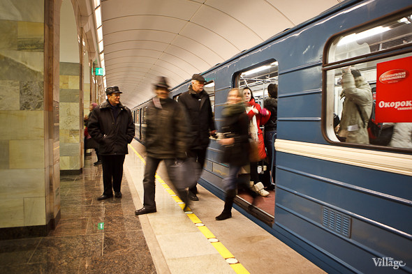 На новой станции метро «Адмиралтейская» уже произошло несколько аварийных остановок эскалатора. Изображение № 22.