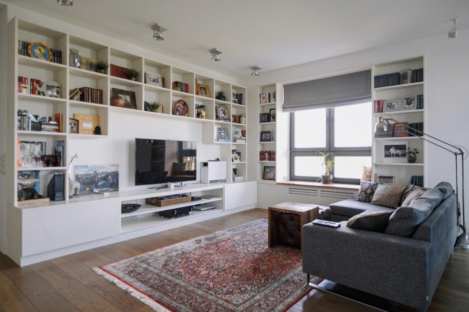Четырёкомнатная квартира в американском стиле для семьи сдвумя детьми. Изображение № 2.