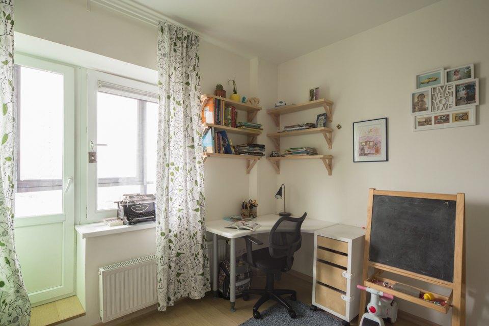 Квартира для большой семьи сминималистским интерьером. Изображение № 5.