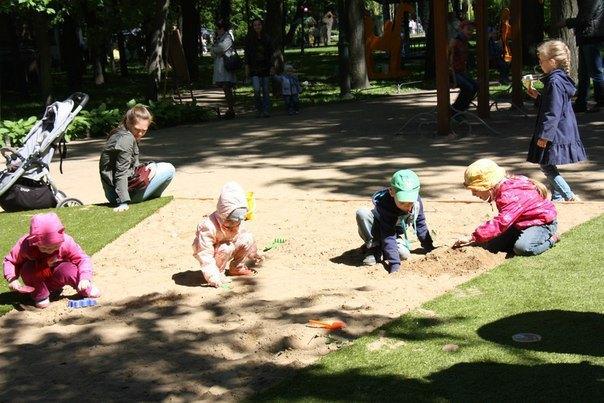 Фото: «Воссоздание садов и скверов» . Изображение № 3.