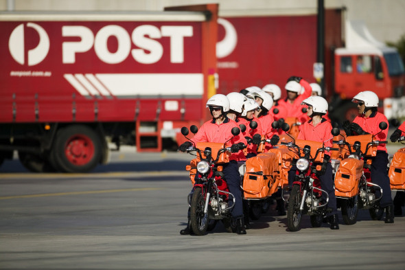 Посылка для вашего мальчика: 6 почтовых служб мира. Изображение № 14.