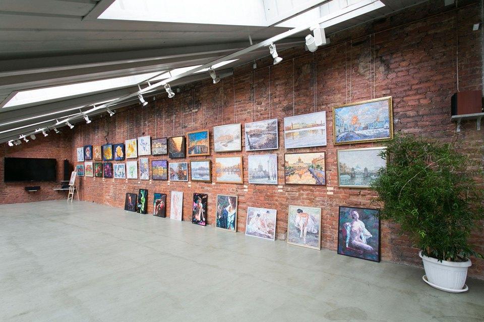 Квартира художника смансардой. Изображение № 25.