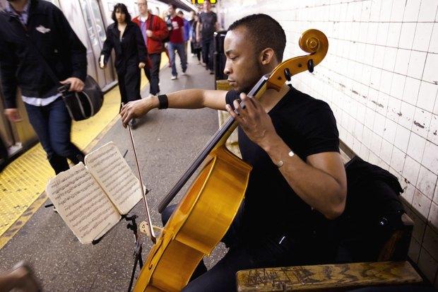 Какая музыка звучит  в метро Пекина, Нью-Йорка, Брюсселя. Изображение № 6.