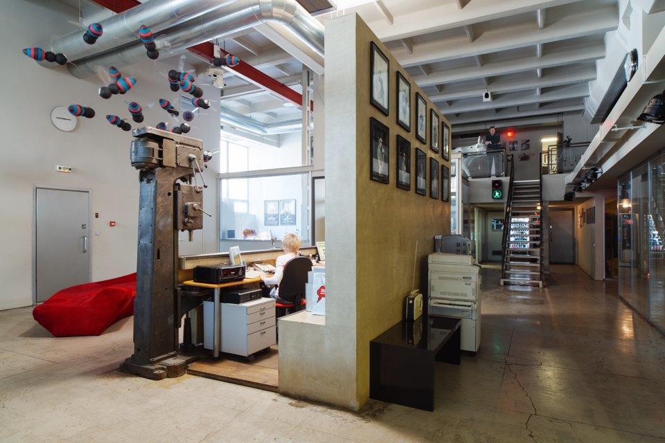 Офис радиостанции «Серебряныйдождь». Изображение № 3.