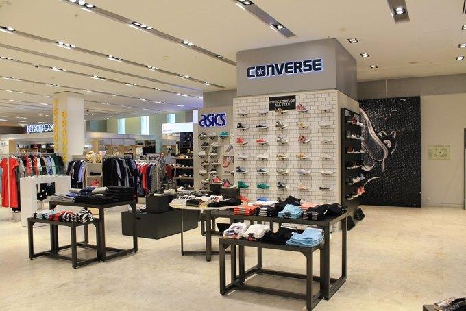 3e8c8e7a Магазин Converse в «Цветном» стал десятым магазином марки в Москве. Другие фирменные  магазины Converse находятся в торговых центрах «Атриум», «Метрополис», ...