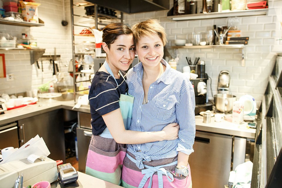 Как две молодые мамы открыли кондитерскую Teacupcake. Изображение № 1.