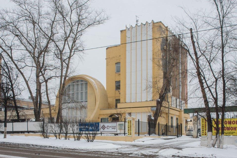 Архитектор Михаил Князев — осамых необычных автомобильных гаражах Москвы. Изображение № 7.