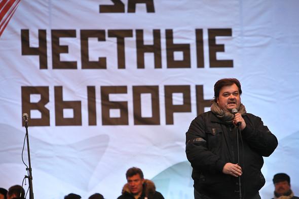 Митинг «За честные выборы» на проспекте Сахарова: Фоторепортаж, пожелания москвичей и соцопрос. Изображение № 28.