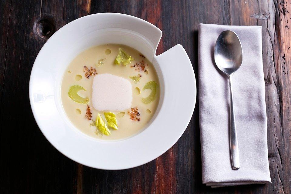 Крем-суп из сельдерея (380 рублей). Изображение № 25.