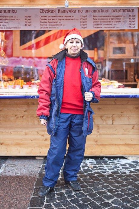 Люди в городе: Продавцы рождественской ярмарки на Островского. Изображение № 51.
