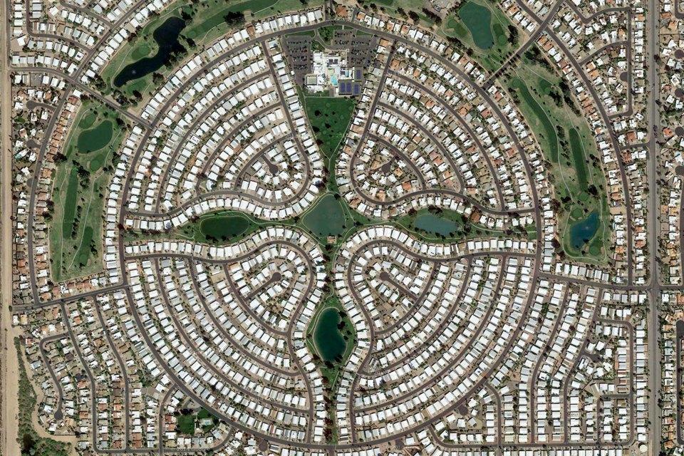 Лучшие виды городов мира изкосмоса. Изображение № 6.