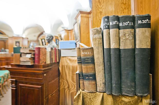 Зал с ценными изданиями и рукописями. Изображение № 19.