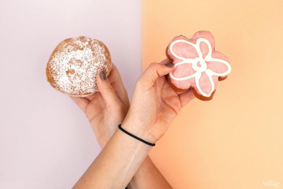 Пончики с клубничной начинкой. Изображение № 4.
