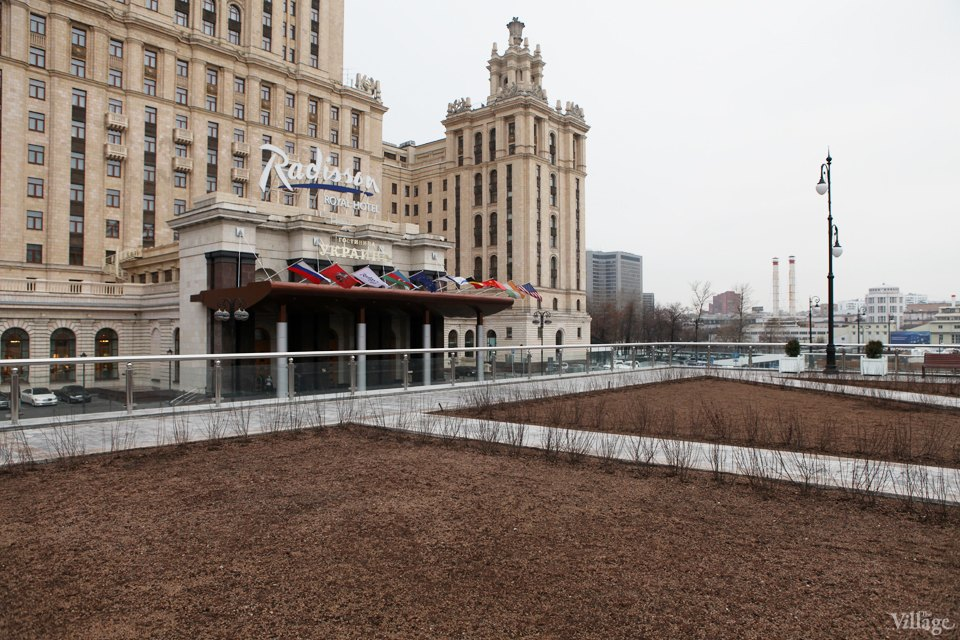 Фоторепортаж: Сквер угостиницы «Украина». Изображение № 3.