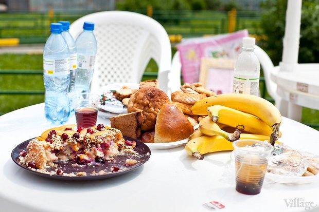 Накрыть поляну: Как прошёл «Большой обед» в спальных районах. Изображение № 37.