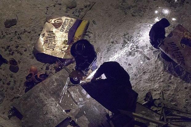 Работа со вспышкой: Фотографы — о съёмке на «Евромайдане». Изображение № 22.