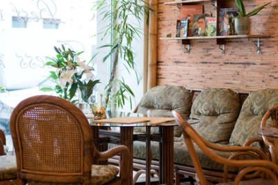 Ни рыбы, ни мяса: 9 вегетарианских кафе в Петербурге. Изображение № 23.