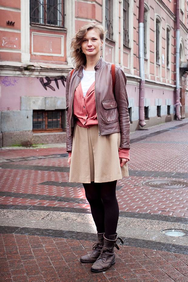 Внешний вид: Анна Боганова, сотрудник S-11. Изображение № 1.