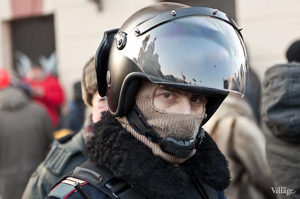 Фоторепортаж: Шествие за честные выборы в Петербурге. Изображение № 49.