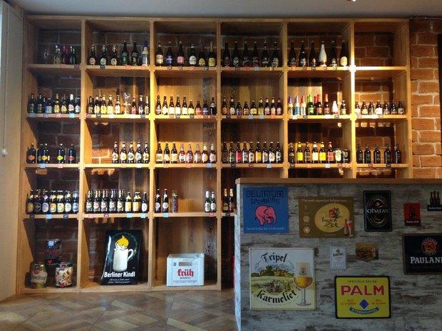 Совладельцы «Цветочков» открыли пивной магазин-бар . Изображение № 3.