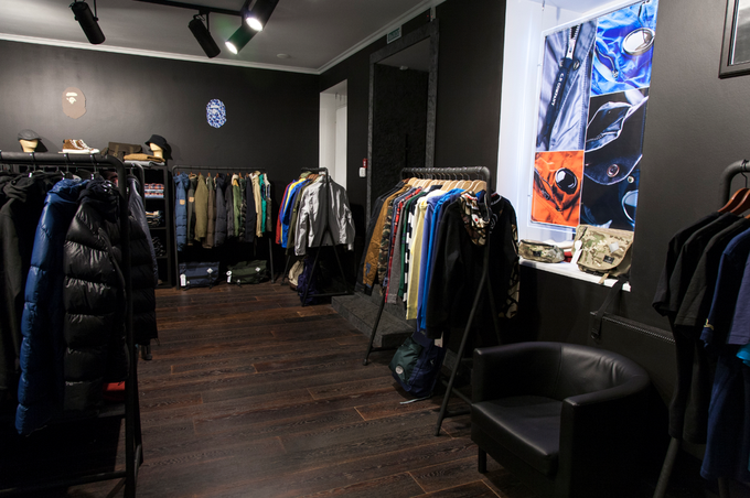 НаПолтавской открывается магазин мужской одежды «Ленинградец» . Изображение № 1.