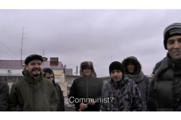 © Ёсинори Нива. Подбрасывание в воздух социалистов в Румынии. Перформанс. 2010. Изображение № 15.