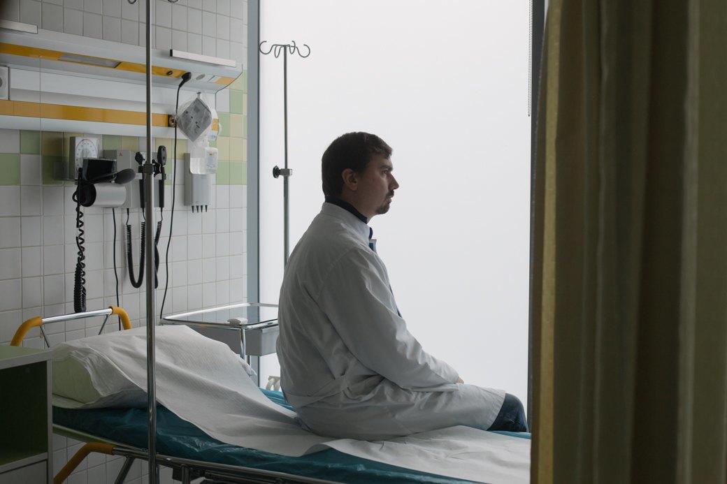 «Человек недолжен страдать»: Врач Антон Лобода— отом, стоитли терпеть боль. Изображение № 1.