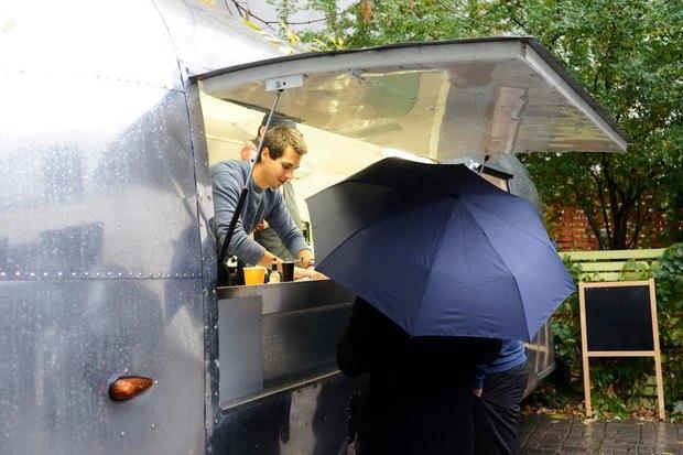 ВПожарском переулке заработало кафе-вагон Foody. Изображение № 1.