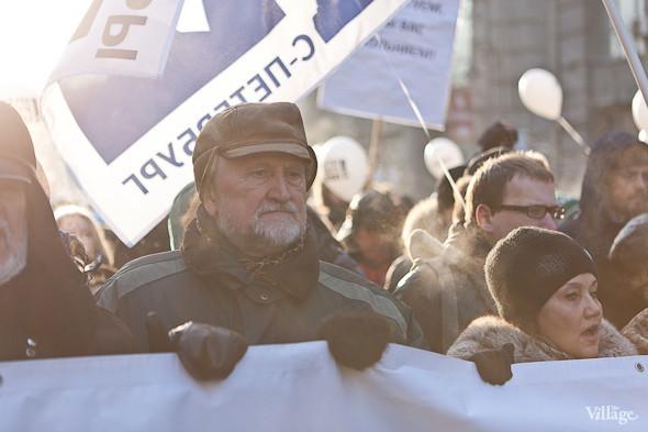 Фоторепортаж: Шествие за честные выборы в Петербурге. Изображение № 23.