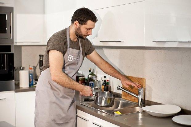Шеф дома: Котлета из цесарки и пирог-галета Дениса Крупени. Изображение № 32.