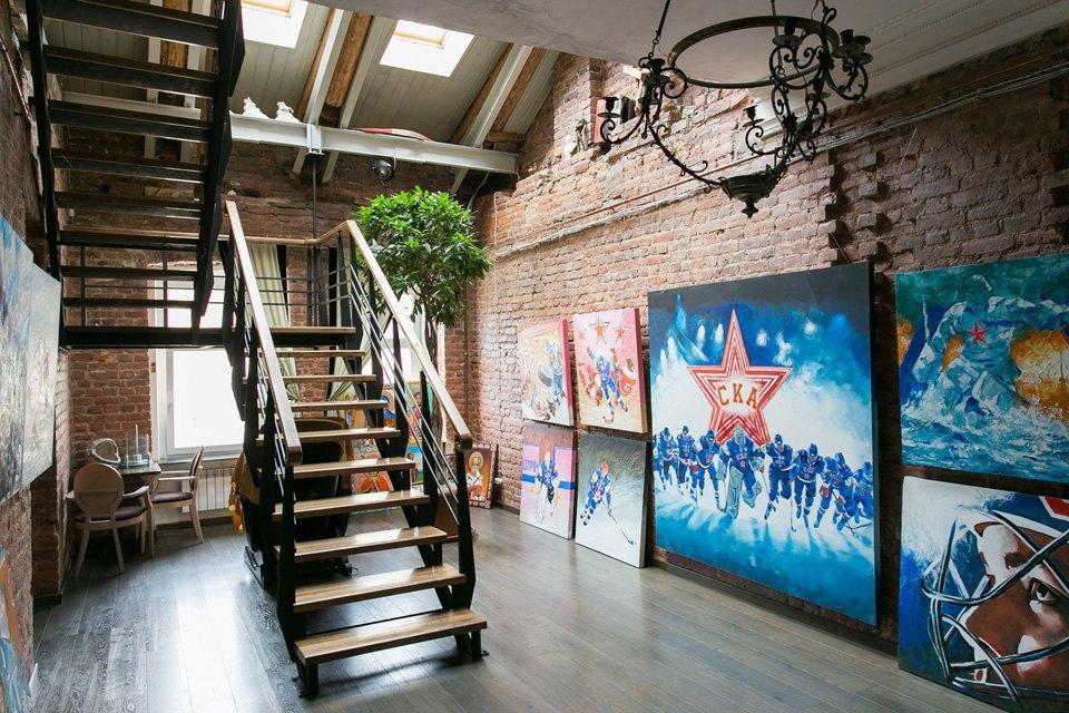 Квартира художника смансардой. Изображение № 22.