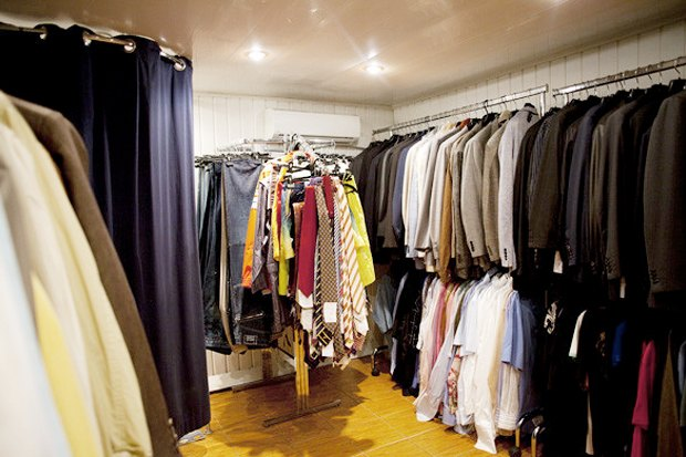 Куда отдать ненужную одежду вМоскве: Часть 2. Изображение № 5.