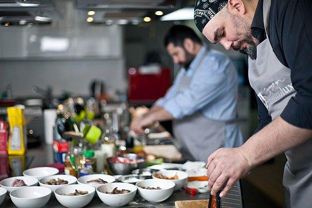 Шеф дома: Грузин и итальянец готовят по рецептам бабушек. Изображение № 78.