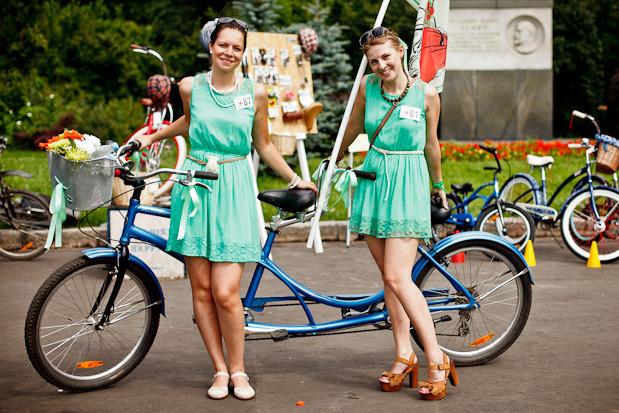 Люди в городе: Участницы парада «Леди на велосипеде». Изображение № 38.