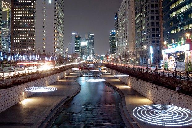Иностранный опыт: Раскопанная река в Сеуле. Изображение № 21.