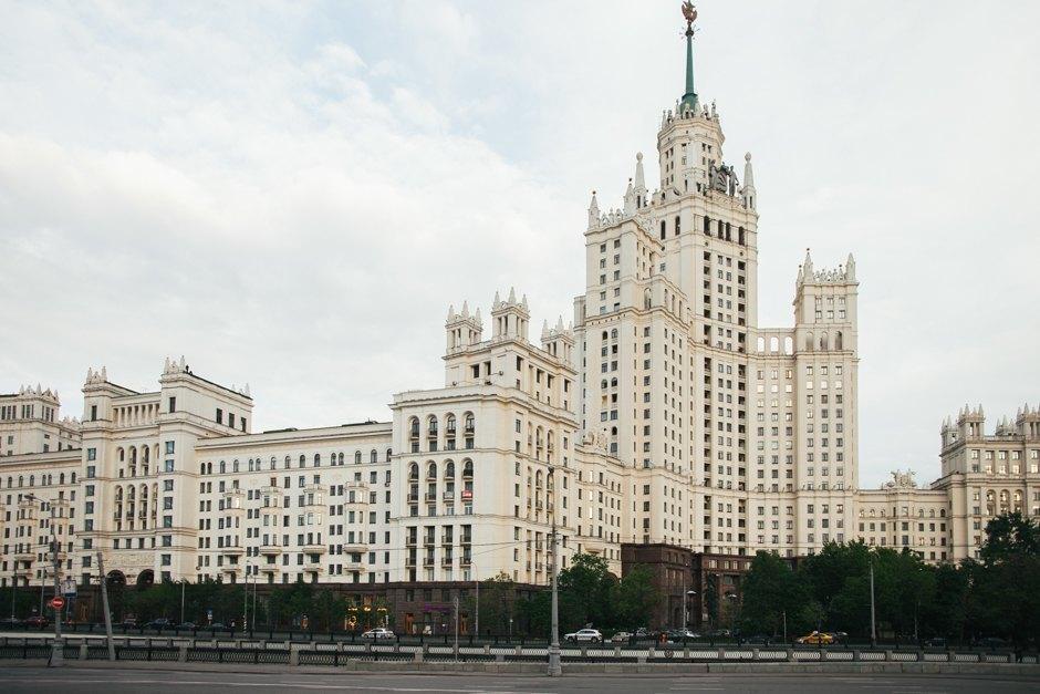 aa5999dfd09 Ее автор — главный архитектор Москвы того времени Дмитрий Чечулин