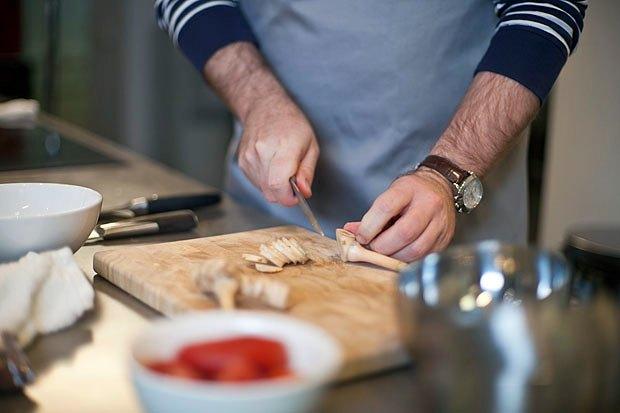 Шеф дома: Том ям и сашими из тунца Геннадия Иозефавичуса. Изображение № 19.