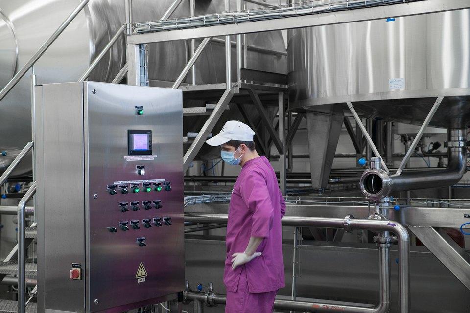 Как делают молочные продукты. Изображение № 19.