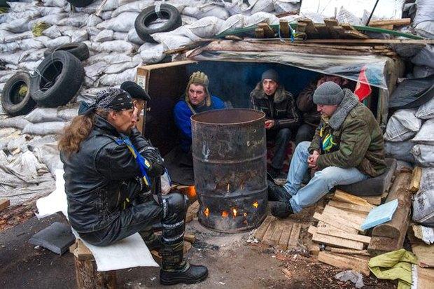 Работа со вспышкой: Фотографы — о съёмке на «Евромайдане». Изображение № 33.