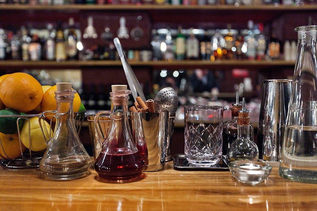 Секретный бар: Каквладельцы «Джин Тоника» открыли заведение без вывески и рекламы. Изображение № 7.